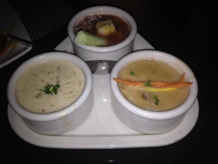 Zuppa di vongole, zuppa di granchio allo sherry e gazpacho